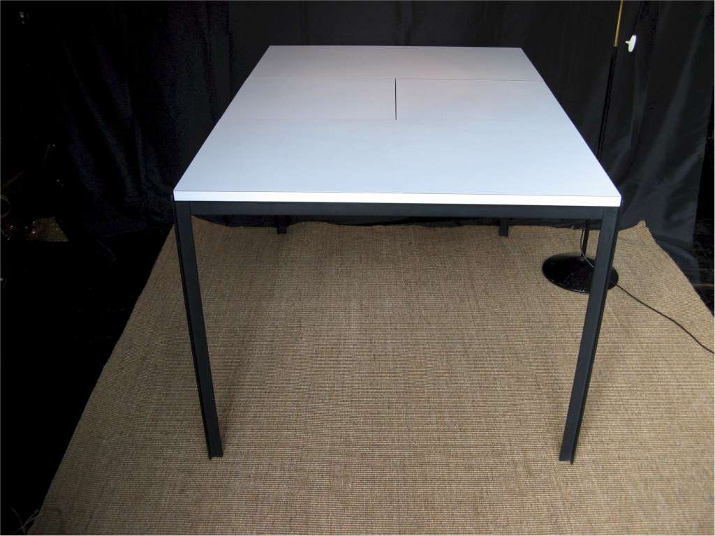 Florence Knoll extending dining table white formica on  : 699MP4 from artfurniture.uk size 1024 x 768 jpeg 76kB