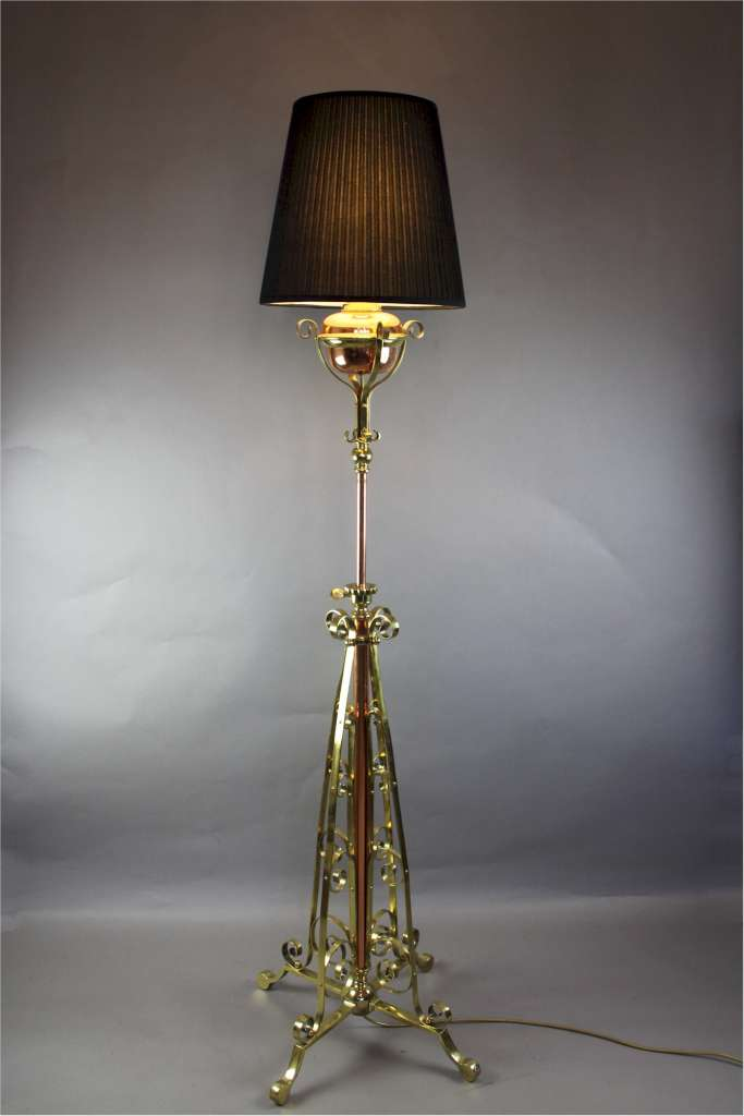 Art Nouveau highly polished adjustable standard lamp by Hinks