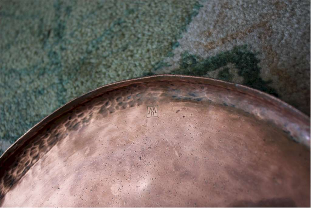 Hugh Wallis arts and crafts copper oval tray c1900