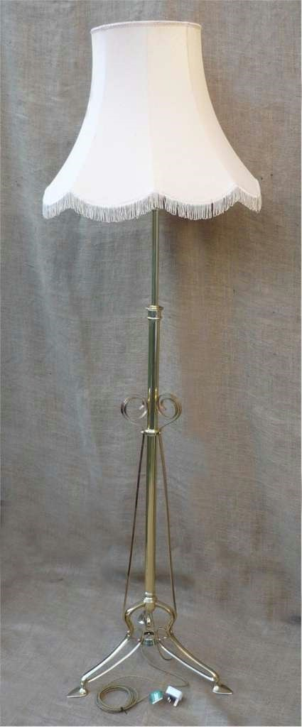 Arts and crafts adjustable standard lamp c1900