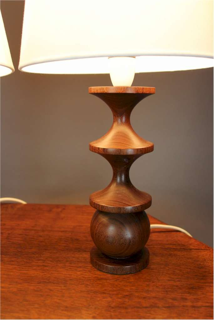 Pair of mid-century turned Rosewood tables lamps