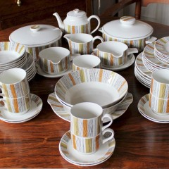Midwinter Sienna dinner set by Jessie Tait 58 pieces