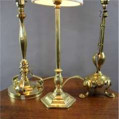 Good heavy brass arts and crafts table lamp c1910